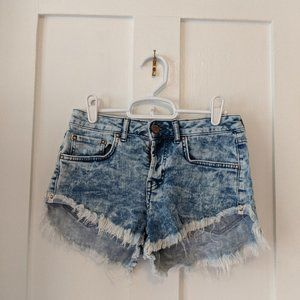Women's Forever 21 Distressed Denim Shorts